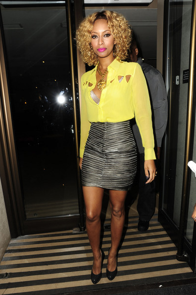 photos keri hilson shows off her sexy figure in london